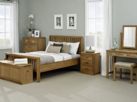 Barwick Oak Bedroom Set