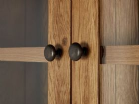 Winchester Oak Small Hutch Doors