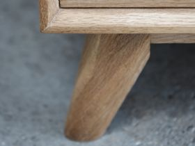 Shackleton Oak 2 Section Sideboard Leg Detail